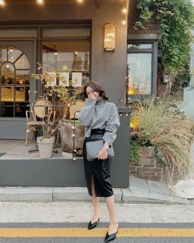 5 kiểu giày đáng sắm giúp style lên đời dịp Tết: Diện với váy hay quần cũng xinh sang hết cỡ - 13