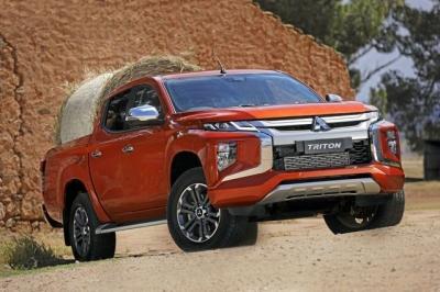 Xe bán tải tháng 1/2021: Ford Ranger vẫn áp đảo, Mitsubishi Triton bứt tốc - 2