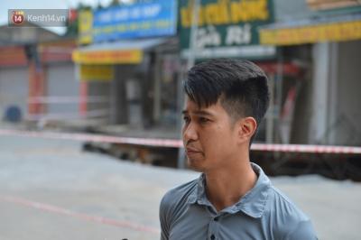 Cuộc sống đảo lộn sau 1 tuần xuất hiện 'hố tử thần' ở Hà Nội: 'Công việc làm ăn bị đình trệ, con cháu phải mang đi gửi' - 2