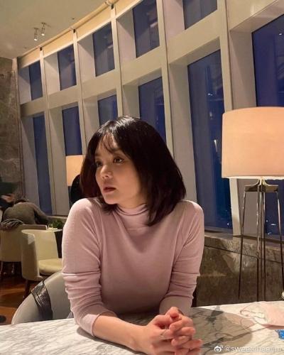 Nữ thần Chae Rim ở tuổi 42: Bỏ chồng về Hàn, một mình nuôi con, giã từ showbiz để kinh doanh - 19