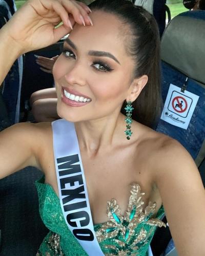 Style đời thường của Tân Hoa hậu Hoàn vũ Mexico: Chuẩn 'bánh bèo chúa' khi diện toàn váy áo hoa lá hẹ - 2