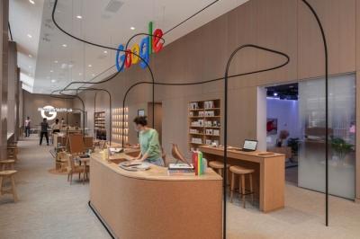 Google khai trương cửa hàng bán lẻ đầu tiên của mình, một trải nghiệm nghệ thuật khác hẳn Apple Store